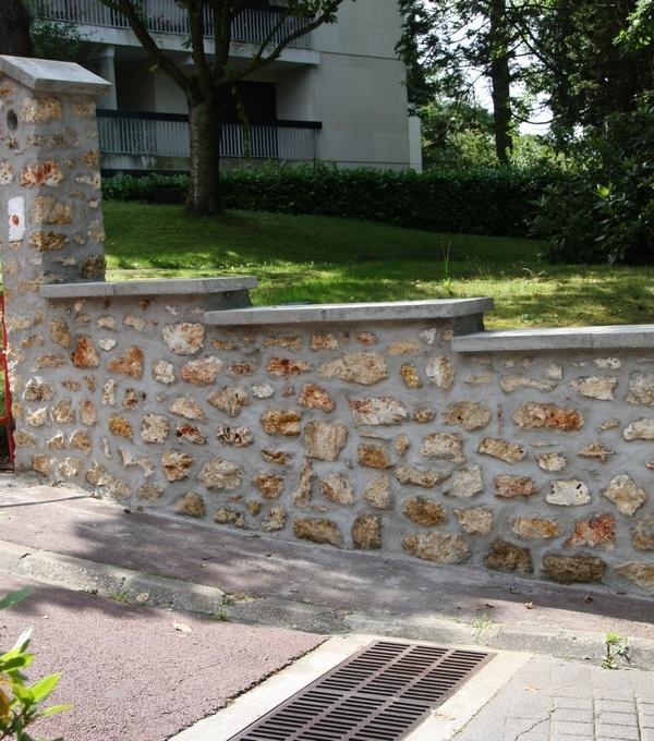 Mur en meulière
