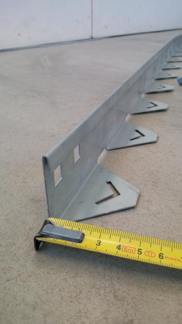 Bordure acier